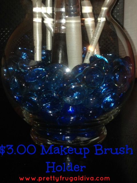DIY $3.00 Makeup Brush Holder